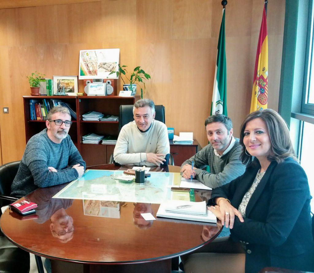 Presentación del proyecto al Delegado territorial de la Junta de Andalucía